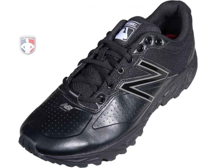 Low-Cut Umpire Base Shoes