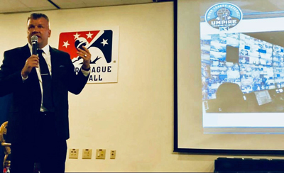 MLB Umpire Jeff Nelson Speaks at Banquet