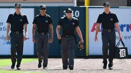 MiLB Umpires Walk Out on Field